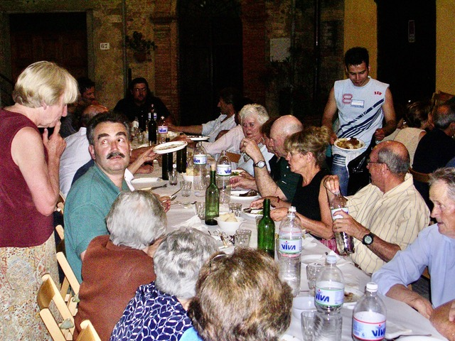 An Evening To Remember In Montisi  No need to translate by Author Ian Kent