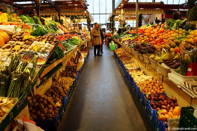 Author Ian Kent shares photo from Kleinmarkthalle produce section