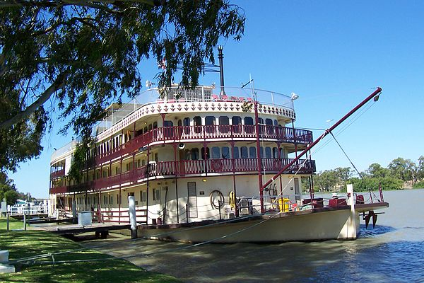 The Murray Princess at home at Mannum from Author Ian Kent