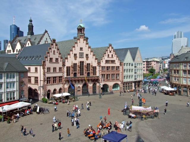 Frankfurt's Römerburg Square from Author Ian Kent